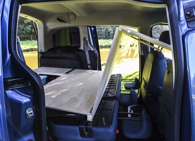 Configuring the Simple camper van conversion module in seating mode.